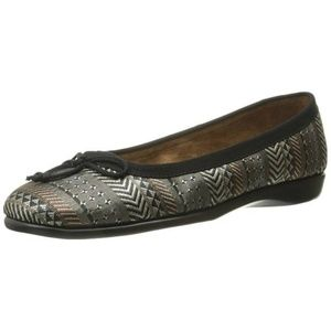 Aerosoles Teashop Ballet Flat, Black Tan US 5.5